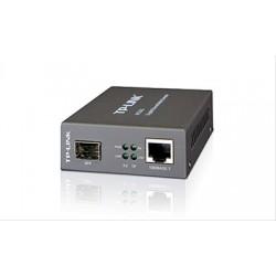 CONVERTIDOR TP-LINK MC220L...